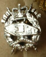 A 1 X  AUSTRALIAN ARMY SMALL METAL ARMOURED CORE BADGE 3 CM