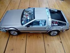 Build your own back to the future delorean 1/8 scale Eaglemoss
