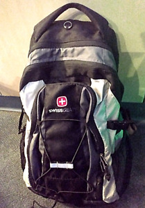 """Swiss Gear 18.5"""" Backpack Black/Gray With Bungee Front Multiple Compartments New"""