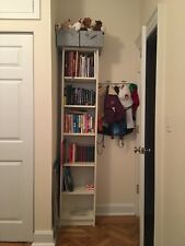 White bookcase with shelves, used but in perfect condition!