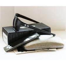 Oakley Ray-Ban Lunettes De Soleil oo9246-01 Noir Mat, Gris RRP £ 130 Maintenant £ 70 Nouveau