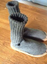 LL Bean Item 230252 Mens Small Slipper Socks Gray Wool Knit with leather bottom