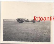 Foto 2 WK, Flugzeug Stuka JU 87 mit Kennung F 38, Rotte auf Flugplatz, Top
