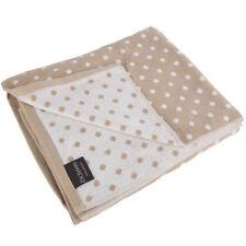 Serviettes, draps et gants de salle de bain en lin