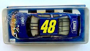 2002 NASCAR Winners Circle 15839 Jimmie Johnson #48 Loony Tunes Lowes 1:24
