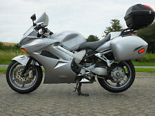 Honda VFR 675 to 824 cc Motorcycles