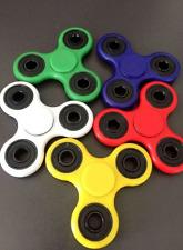 Tensión de mano de enfoque intranquilo hilanderos dedo Spinner Rojo Azul Negro Verde Blanco Nuevo