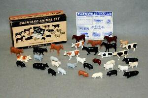 PLASTICVILLE BARNYARD ANIMALS  OB  (35)