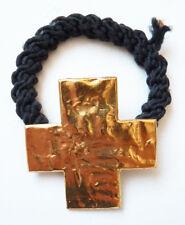 bracelet Croix en métal doré  BICHE DE BERE Bijou