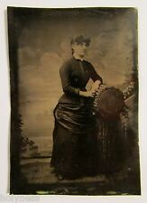 ANTIQUE VICTORIAN 1800's TIN TYPE STUDIO PHOTO OF A LADY / #1