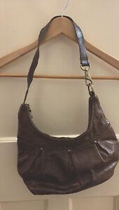 Wonderful Quality Riri IBW Handmade Leather in England Small Shoulder Bag