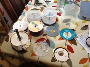 BLANK WRITEABLE DISCS  RW/-R/+R VARIOUS BRANDS 83 IN TOTAL