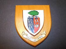 "WOODEN WALL SHIELD COAT OF ARMS & GREEK MOTTO ""KNOWLEDGE &..."" MAGNET LIGHTNING"
