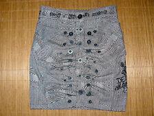 Desigual Damenröcke im Tulpenschnitt-Stil