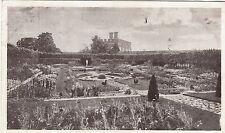 Postcard - London - Hampton Court Palace. The Dutch Garden.
