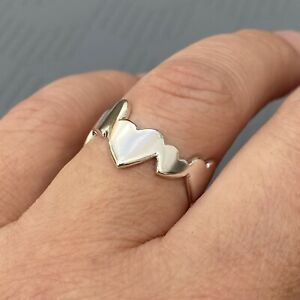 Handmade continuous heart ring. Size M - 4g