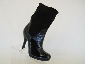BCBG Black Leather Ankle Fashion Boots Bootie Size 7 B