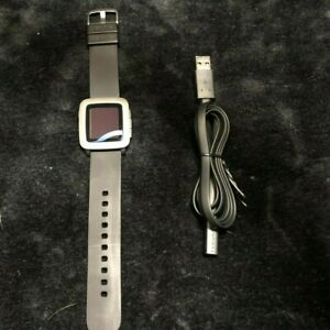 Pebble Time Smartwatch for Apple/Android Silver 38mm USED *Tested/Working*