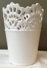 Vittoria White Ceramic Small Lace Top Vase New