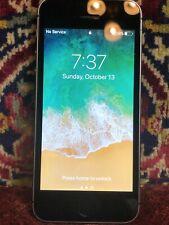 Apple iPhone SE - 32GB - Space Gray A1662 (CDMA + GSM)