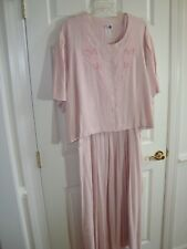 Kari's Korner 2 Pc Pink/White Herringbone w/Embroidered Flower Dress 34 EUC MN