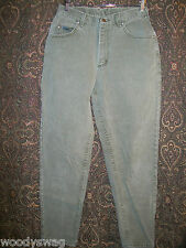 Lee Riveted Jeans pre owned good condition Size 10 Short Inseam 29