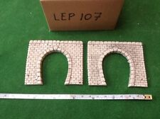 2x single tunnel  -n scale gauge-  - continental Style -Grey