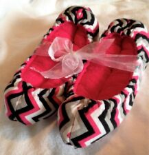 Hot Pink Chevron Super Puffy Ice Skate Soakers Blade Covers Size Large