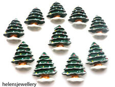 10 CHRISTMAS TREE WITH SNOW BASE FLATBACK KITCH CABOCHONS RESIN - FAST SHIPPING