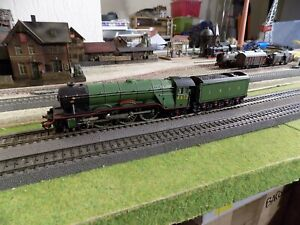 """TRIXTRAINS 1180, RARE AND VINTAGE STEAM ENGINE 4472 """"FLYING SCOTSMAN"""", SCALE HO"""