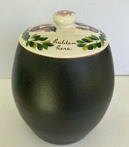 """Bauer Pottery  Black Jar With Lid  Los Angeles """" Good Things Hidden Here"""" NICE!"""