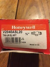 Honeywell V2040A Braukmann Nickel-Plated Thermostatic Radiator Valve, 3/4""