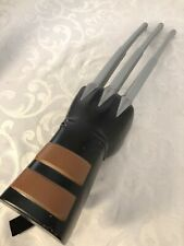2008 Hasbro WOLVERINE Extending Claws Glove Hand With Sound X-Men