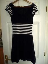 Ladies OASIS Black & White Size XS Dress