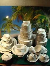 90 PIECE SET OF NORITAKE 6206 ROSEPOINT, COMPLETE SERVICE FOR AT LEAST 11