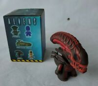 """Titans ALIENS The Game Over Collection XENOMORPH WARRIOR Red 3"""" Vinyl Figure"""