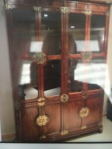 HenredonCampaign Scene One China Cabinet in Excellent condition