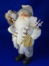 Weihnachtsmann Nikolaus Weiß Grau mit Geschenke Sack und Ski Set 30cm
