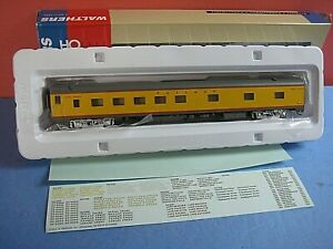 HO Walthers: PS Union Pacific, 10-6 sleeper. RTR. Yellow/gray. new in box C-9 sc