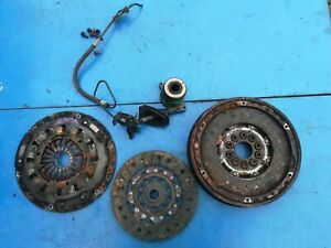 VOLVO V70 S60 S80 XC90 D5 MK2 ENGINE CLUTCH KIT AND FLYWHEEL with BEARING .839