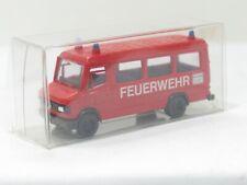 Praline Mercedes Benz 507 D Feuerwehr 1:87 VP (BD4946)