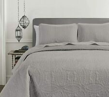 Pinsonic Quilted Austin Oversize Bedspread Coverlet 3-piece Set, Gray