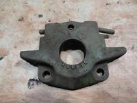 John Deere 520 530 620 630 720 730 Output PTO Seal shield casting F2967R