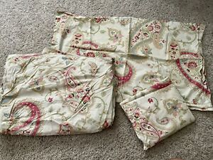 Pottery Barn ClaIre KING duvet cover set.2 King Shams And Matching King Bedding