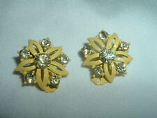 VINTAGE YELLOW RHINESTONE AND ENAMEL FLOWER CLIP EARRINGS IN GIFT BOX