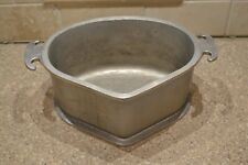Vintage Guardian Service Triangle Aluminum Roaster Pot Casserole Pan (R)