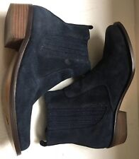 Daniblack torpedo Blue leather boots Size 6 M