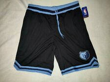 Men's Minnesota Timberwolve basketball shorts size Xl color black new with tags