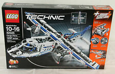LEGO Technic 42025 Cargo Plane 1295 Pieces New Sealed