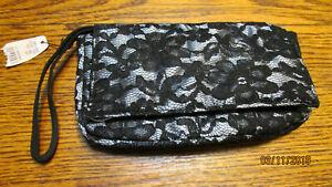NWT VICTORIAS SECRET BLACK LACE CLUTCH WRISTLET COSMETIC BAG SNAP CLOSURE